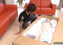 Asian babe Rika sextends herself with toy