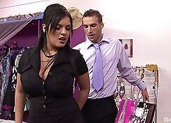 Actress Jasmine Black is an en suite naughty entertainment
