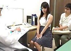 Pervert sexy nurse fucks her patient