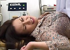 Asian blonde in stockings sucks on guzzles