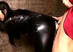 Close up slimying Japanese cock rub