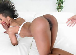 Ebony dives her luscious mouth on white meat